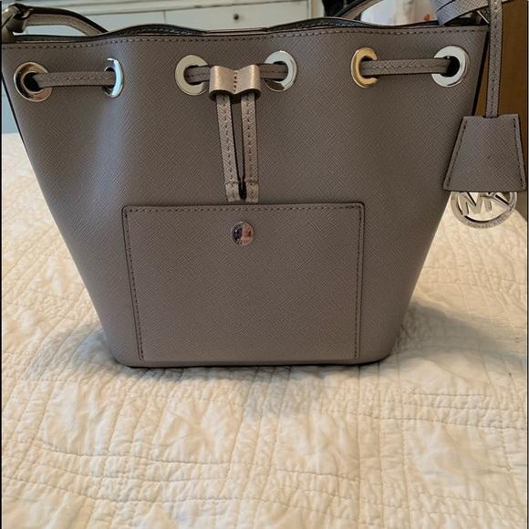 e18d823d0044 Spring Michael Kors sm bucket bag. M_5c72c5a63c9844b93ae2a77d